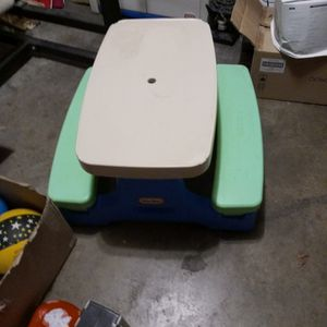 Lil Tykes Picnic Table 10 for Sale in Fort Worth, TX