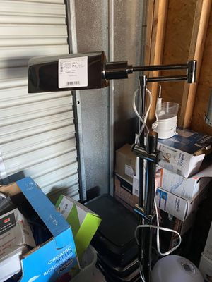 Floor lamp for Sale in San Diego, CA