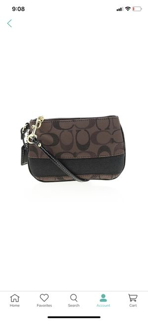 COACH Brown Wristlet for Sale in Panama City, FL