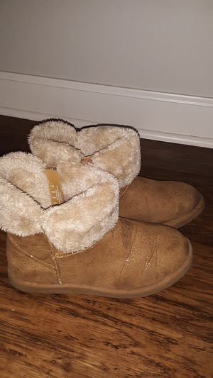 Girls sz 4 boots $4 for Sale in Columbus, OH