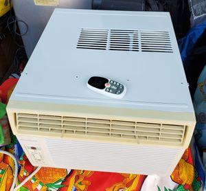 Air conditioner window AC unit 12,000 BTUS for Sale in Anaheim, CA