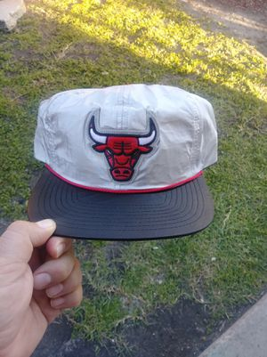 CHICAGO BULLS MITCHELL AND NESS SNAPBACK AND BRAND NEW for Sale in South Gate, CA
