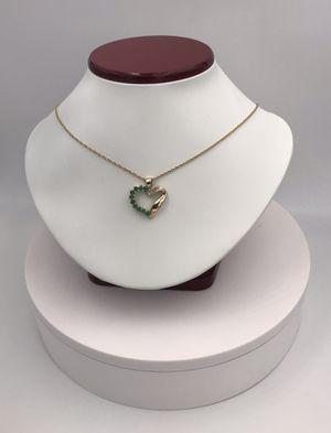 ***Special *** Emerald and diamond pendant for Mother's Day 10Kt. Precioso pendiente de esmeraldas y diamantes en oro 10K for Sale in Adelphi, MD