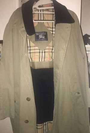 Burberry coat for Sale in Silver Spring, MD
