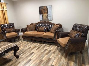 Beautiful Sofa and 2 Chairs Like NEW🤩 for Sale in Fresno, CA
