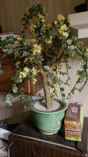 Flower Arrangement Pot for Sale in Long Beach, CA