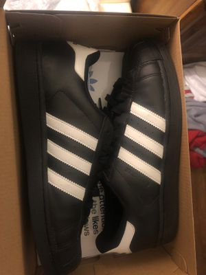 Adidas shell toes size 9 for Sale in Oakland, CA