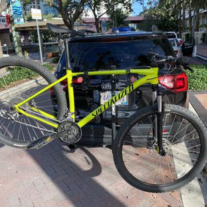 Like New Specialized Mountain Bike for Sale in Fort Lauderdale, FL