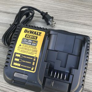 DeWalt Charger new $30 nuevo for Sale in Los Angeles, CA