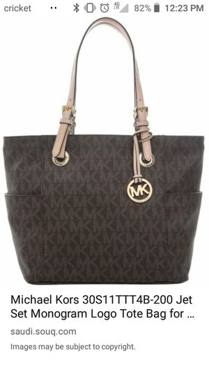 Michael kors purse for Sale in Reedley, CA