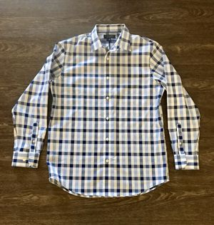 Banana Republic Brand White and Blue Plaid Long Sleeved Buttoned Down Shirt for Sale in San Gabriel, CA