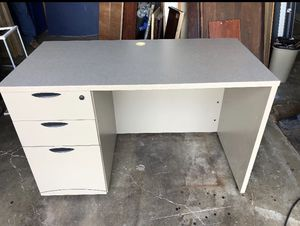Small gray office desk for Sale in Houston, TX