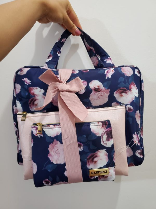 Adorable Pink and Navy Blue Floral 3-Piece Bag Gift Set