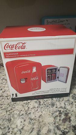 Coca Cola Mini Fridge for Sale in Dallas,  TX