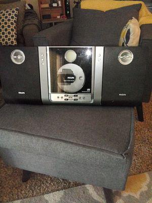 Book shelf stereo for Sale in Lawton, OK
