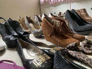 33 Pairs of Women's Shoes for Sale in Palm Harbor, FL