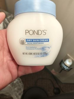 Pond's Dry Skin Cream for Sale in Leominster,  MA