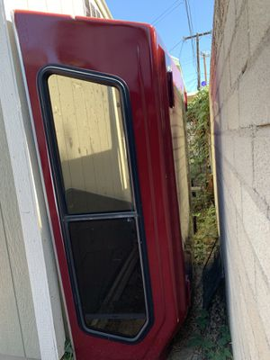 SNUGTOP Camper shell for Sale in Los Angeles, CA