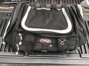 Cal Pak Duffle Bag with Shoulder Strap for Sale in Davenport, FL