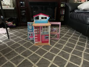 Small doll house for Sale in Snohomish, WA