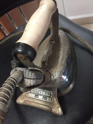 Antique. Está disponible for Sale in Hialeah, FL