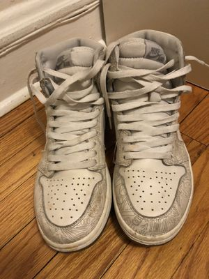 Air Jordan retro 1 Laser size 9 for Sale in Evanston, IL