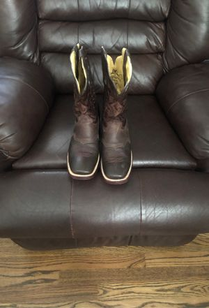 Boots for sale size 9 men's for Sale in Raleigh, NC