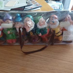 7 Dwarfs Plastic Figures With Case New for Sale in Berkeley Township, NJ