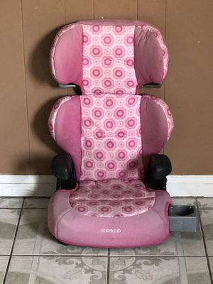 BOOSTER SEAT WITH CUP HOLDER for Sale in Riverside, CA