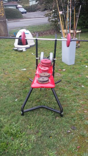 Weight bench, curl bar & weights, also 1 barbell for Sale in Lakewood, WA
