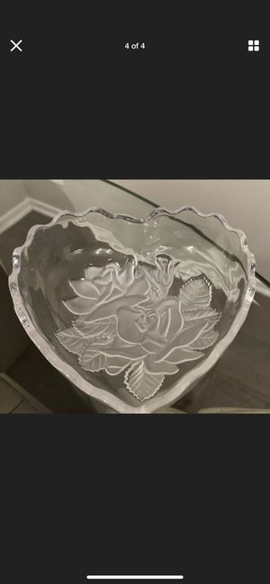 VINTAGE GLASS HEART SHAPED TRINKET CONTAINER - Set Of Two for Sale in Riverside, CA