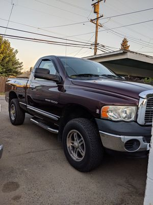 2005 RAM 1500 2D. 4x4 for Sale in Selma, CA