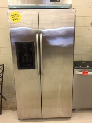 LG stainless steel fridge for Sale in Tampa, FL