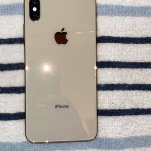 iphone xs max for Sale in Watsonville, CA