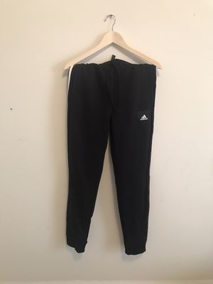 Adidas fleece joggers medium brand new for Sale in Suwanee, GA