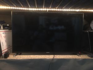 "SCEPTRE H50 50"" HD TV with Stand for Sale in The Bronx, NY"
