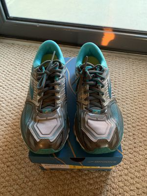 Brooks women's neutral glycerin 13 size 8 EUC for Sale in Arlington, VA