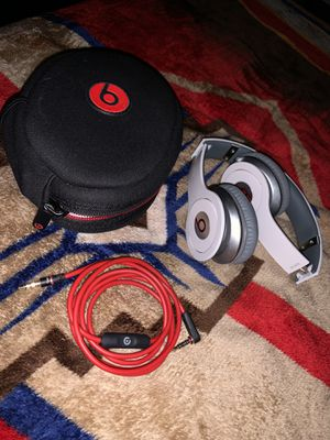 beats solo hd (wired) for Sale in Lancaster, TX