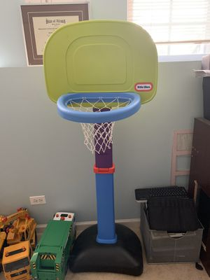 Little Tikes Adjustable basketball hoop for Sale in Grayslake, IL