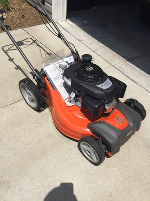 Husqvarna LC221RH self-propelled (Honda RWD engine). Like new, Garage Kept for Sale in Lady's Island, SC