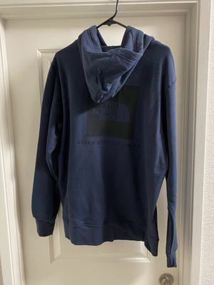 North face men's hoodie size large new with tags for Sale in Manteca, CA