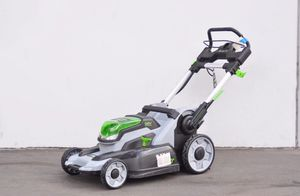 Ego LAWNMOWER battery operAted lawn mower for Sale in Paramount, CA