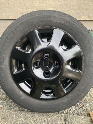 14 inch Rims 4 holes OEM Honda Civic with Tires for Sale in Renton, WA