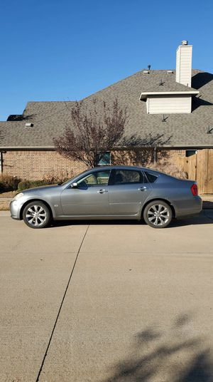 2OO7 Infiniti M35 Clean Title mint condition Fully loaded Back up Camera for Sale in Arlington, TX