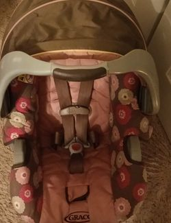 Graco Snugride 30 Infant Car Seat for Sale in Mansfield,  TX
