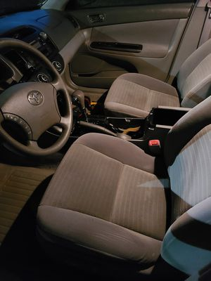 Toyota camry le 2005 for Sale in Bristol, CT