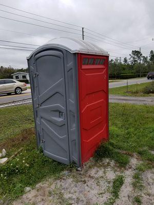 Porta potty for Sale in Alafaya, FL