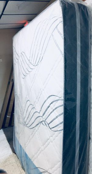 "QUEEN THICK ORTHOPEDIC MIDIUM 11"" MATTRESS AND BOX SPRING BRAND NEW DELIVERY AVAILABLE. We finance for Sale in North Attleborough, MA"