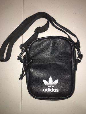 Adidas Men's Shoulder Pack for Sale in Fort Washington, MD