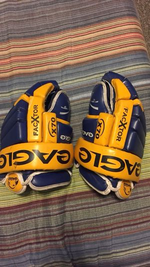 Eagle x70 hockey gloves for Sale for sale  Bronx, NY